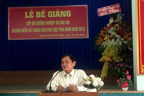 86 hoc vien nhan Chung nhan lop Boi duong nghiep vu Bao chi nganh KSND khu vuc phia Nam - Anh 1