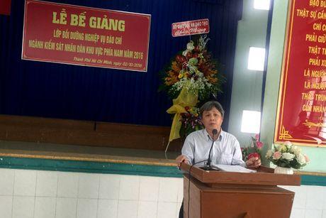 86 hoc vien nhan Chung nhan lop Boi duong nghiep vu Bao chi nganh KSND khu vuc phia Nam - Anh 3