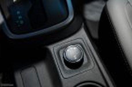 Chevrolet ra mat Colorado 2017, bo sung cong nghe, 5 phien ban, gia tu 619 trieu - Anh 25