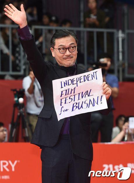 Isaac dien trai sai buoc tren tham do Lien hoan phim Busan - Anh 18