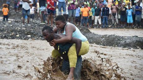 Haiti oan minh sau khi bao Matthew tan cong ac liet - Anh 1