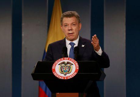 Tong thong Colombia gianh giai Nobel Hoa binh 2016 - Anh 1