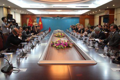 Thuy Dien san sang ho tro Viet Nam xay dung cac thanh pho thong minh - Anh 2