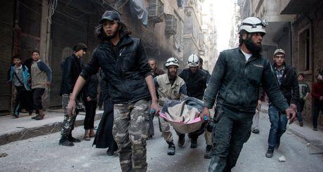 Nhung anh hung mu trang trong cuoc noi chien Syria - Anh 6