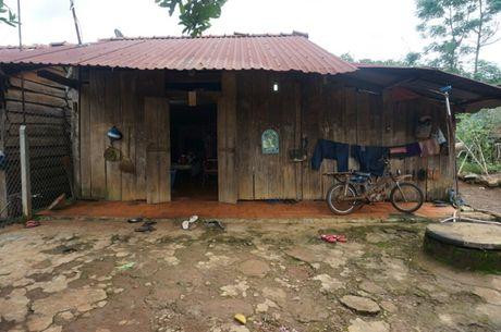 Loi khai cua ke dung sung sat hai vo tai Binh Phuoc - Anh 2