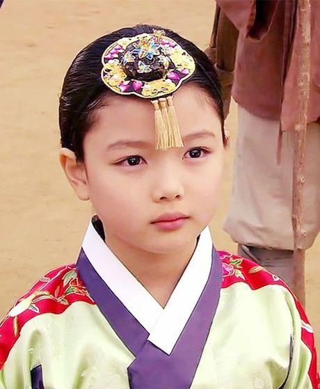 "Dung giat minh neu ban biet ""nu than nhi"" Kim Yoo Jung da dong tung nay phim - Anh 3"