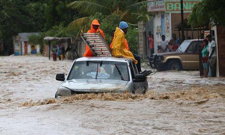 Bao kinh hoang tan pha Haiti, 261 nguoi thiet mang - Anh 9