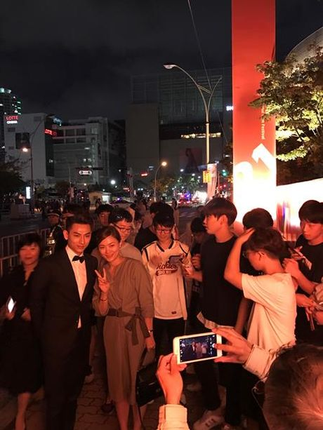 Isaac mot minh dem 'Tam Cam' tham gia Lien hoan phim Busan - Anh 3