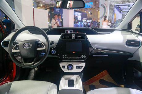 Chi tiet xe Toyota chay 100 km het 2,5 lit xang - Anh 7