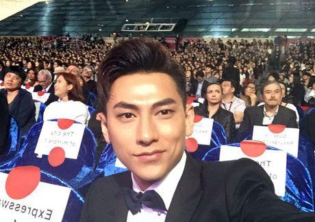 Isaac duoc truyen thong, khan gia Han 'san don' tai LHP Busan 2016 - Anh 4