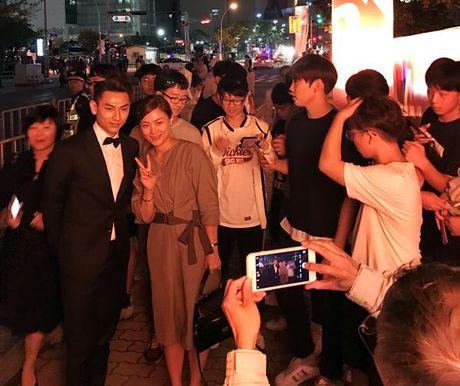 Isaac duoc truyen thong, khan gia Han 'san don' tai LHP Busan 2016 - Anh 5