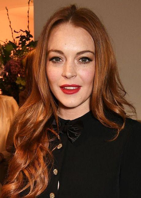 Thu thuat trang diem giup Lindsay Lohan giau nhem tan nhang - Anh 6