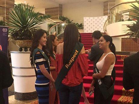 Nhung hoat dong dau tien cua Nam Em tai Miss Earth 2016 - Anh 2
