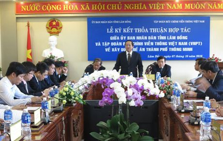 Da Lat: Thanh pho thong tin theo huong kien tao he sinh thai mo - Anh 2