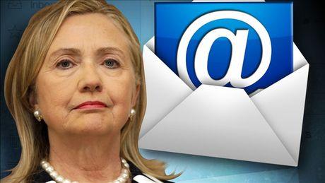 Dang cua Trump tung bang chung Nha Trang giup ba Clinton che day be boi email - Anh 1