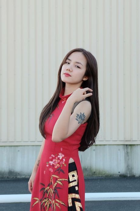 Phuong Ly duoc nguoi ham mo tai Nhat goi la 'my nhan nguoi Viet' - Anh 6