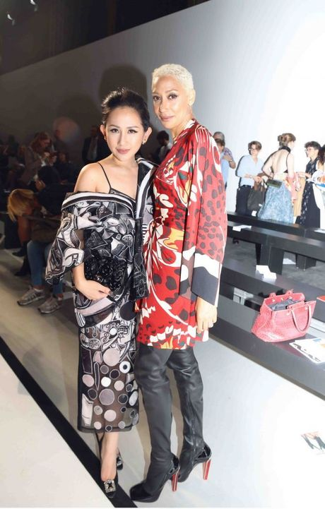 Nguoi mau va tin do thoi trang Viet thay phien nhau 'lam loan' mua Fashion Week Xuan He 2017 - Anh 24