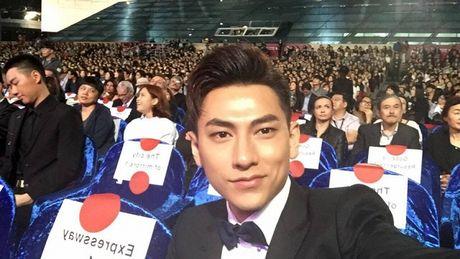 Isaac noi bat giua dan sao Han tai Lien hoan phim Busan - Anh 6