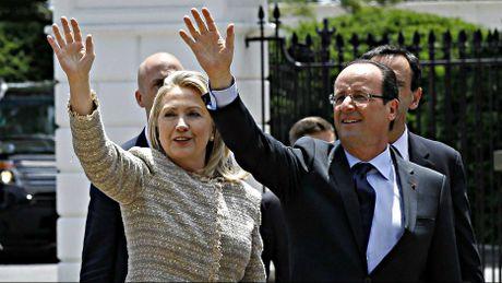 Tong thong Phap ung ho ba Hillary Clinton trong cuoc bau cu My - Anh 1