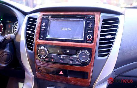 Chi tiet Mitsubishi Pajero Sport Premium vua cap ben Viet Nam - Anh 16