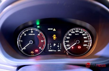 Chi tiet Mitsubishi Pajero Sport Premium vua cap ben Viet Nam - Anh 6