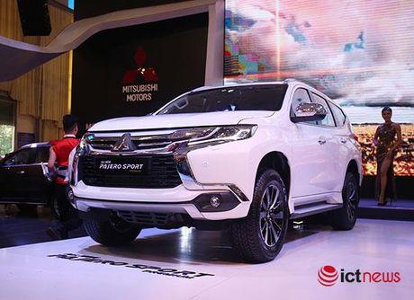 Chi tiet Mitsubishi Pajero Sport Premium vua cap ben Viet Nam - Anh 7