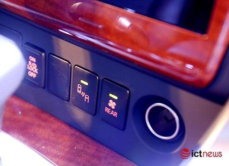 Chi tiet Mitsubishi Pajero Sport Premium vua cap ben Viet Nam - Anh 13
