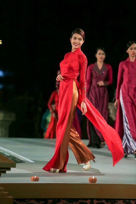 Trinh dien tinh hoa ao dai Viet Nam - Anh 1