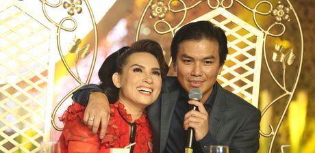 Manh Quynh: 'Toi van om Phi Nhung truoc mat ba xa' - Anh 2