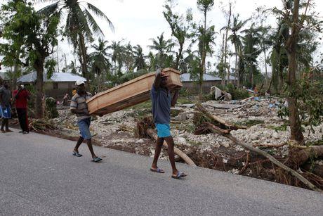 Canh tan hoang nhu thoi chien o Haiti sau bao Matthew - Anh 7