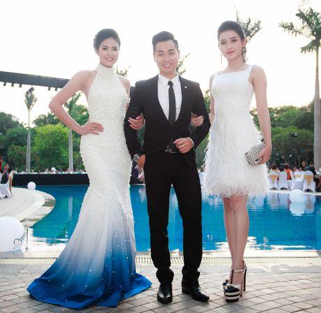 MC Nguyen Khang lich lam ben a hau Huyen My - Anh 3