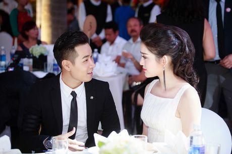 MC Nguyen Khang lich lam ben a hau Huyen My - Anh 5