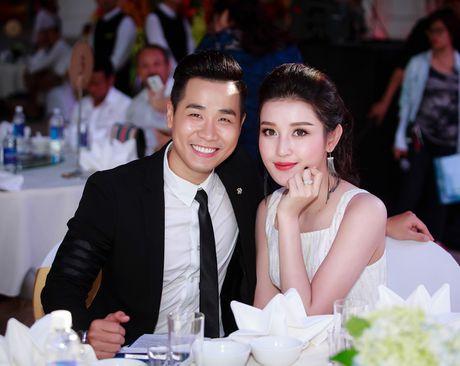 MC Nguyen Khang lich lam ben a hau Huyen My - Anh 6