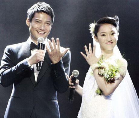 Bao chi dua tin vo chong Chau Tan do vo vi khong co con - Anh 1