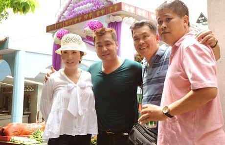 Chuyen xuc dong vo cung ben mo Le Cong Tuan Anh - Anh 7