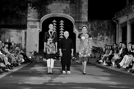 Hoa hau Ngoc Han lan dau dem thiet ke den 'Festival ao dai Ha Noi' - Anh 5
