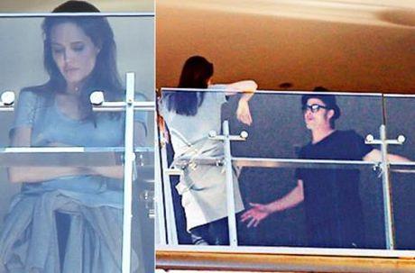 He lo: Angelina Jolie & Brad Pitt da 'xung dot' tu lau - Anh 1