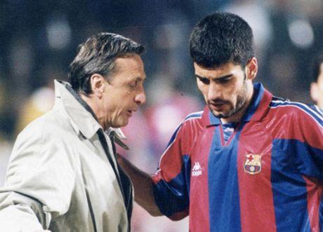 Pep Guardiola noi gi ve Johan Cruyff? - Anh 1