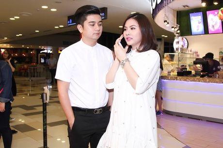 Van Trang ha sinh con dau long cho chong Viet kieu nhung se giau kin - Anh 1