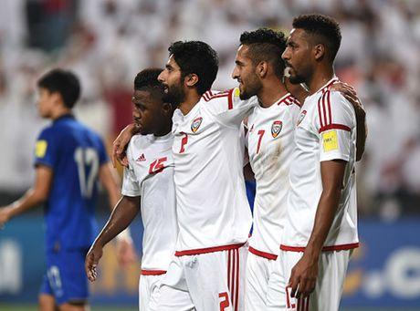 Thua dang tiec UAE, Thai Lan van trang tay o vong loai World Cup 2018 - Anh 2