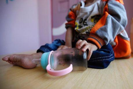 Ban se rot nuoc mat khi xem nhung hinh anh nay ve Yemen - Anh 8