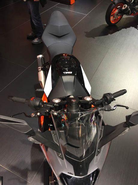 KTM RC 390 trinh lang trong mau ao moi - Anh 3