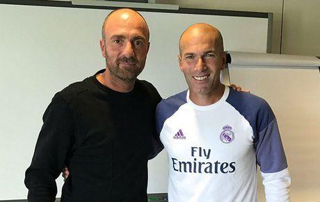 Zidane dap tra Capello: Van de cua Real khong lien quan den the luc - Anh 1