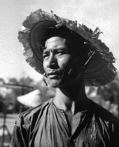 Anh chan dung 'net cang' ve nguoi Viet thap nien 1950 (2) - Anh 8