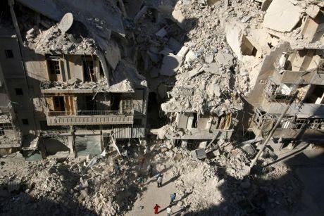 Toan canh Aleppo tan hoang sau hai tuan hung mua bom bao dan - Anh 10