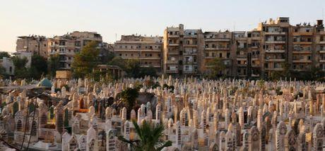 Toan canh Aleppo tan hoang sau hai tuan hung mua bom bao dan - Anh 12