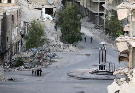 Toan canh Aleppo tan hoang sau hai tuan hung mua bom bao dan - Anh 1