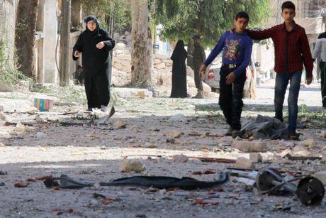 Toan canh Aleppo tan hoang sau hai tuan hung mua bom bao dan - Anh 9