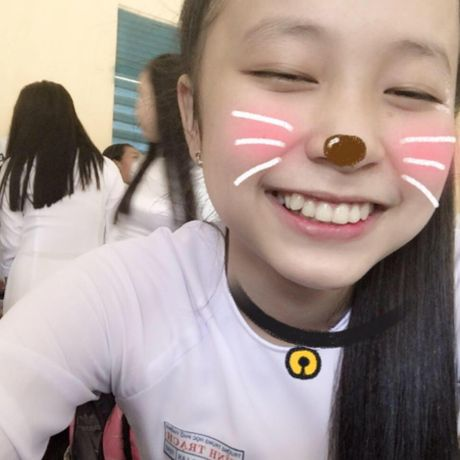 Chan dung nu sinh 10X co chat giong nhu nam ca si - Anh 3