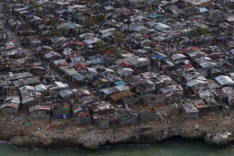 Haiti tan hoang sau sieu bao Matthew nhin tu tren cao - Anh 11